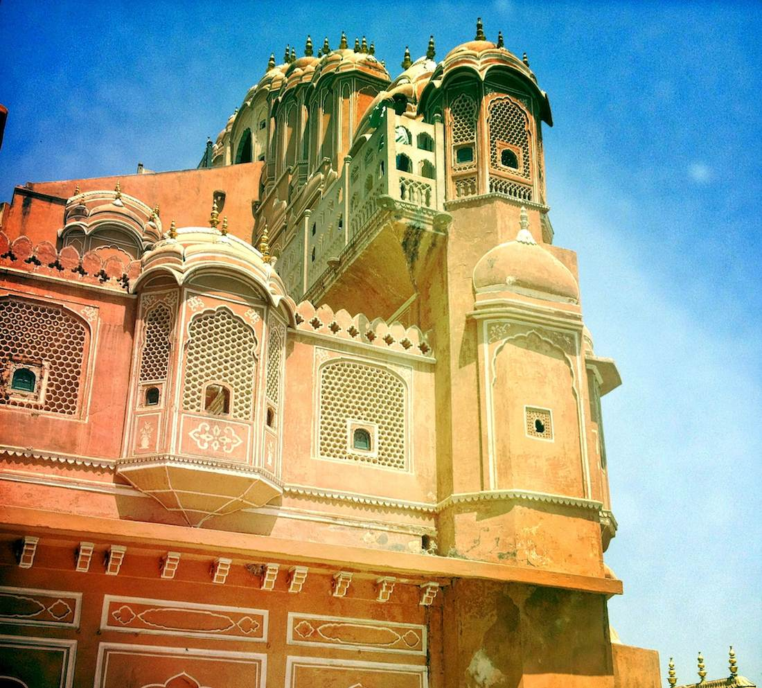 hawa-mahal-windows-jaipur
