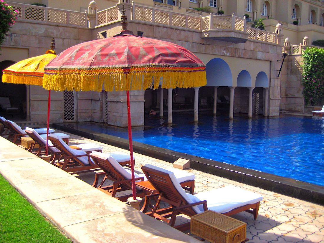 Oberoi Amar Villas Pool Side