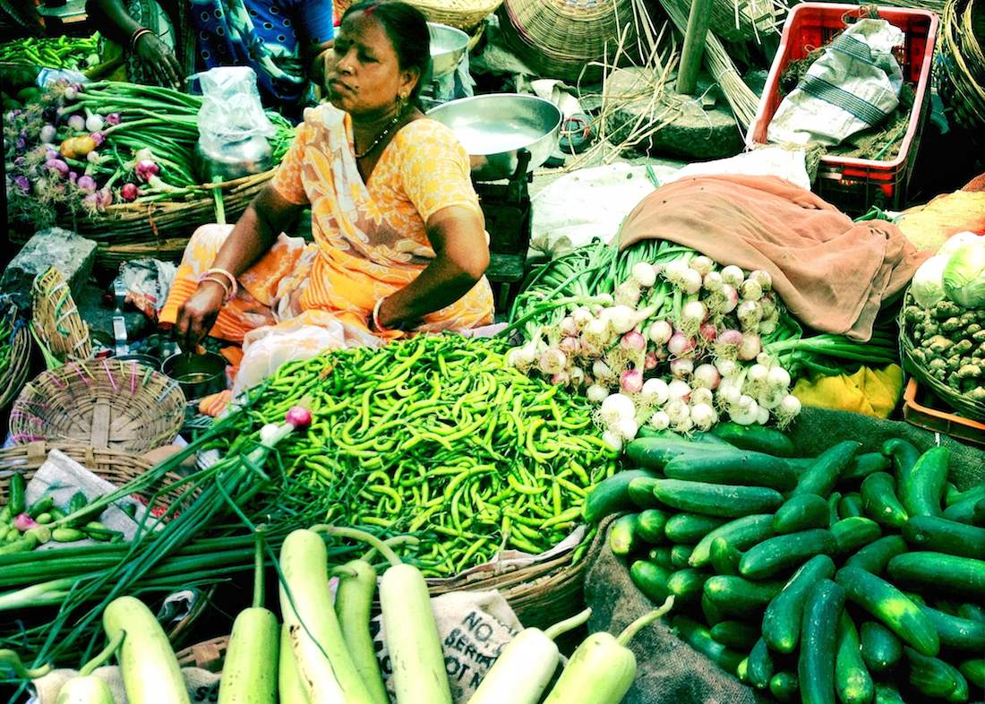 udaipur-market-vegetable-vendor2