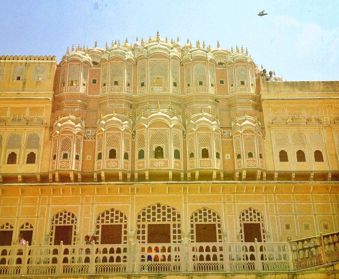 behind-the-hawa-mahal-jaipur-