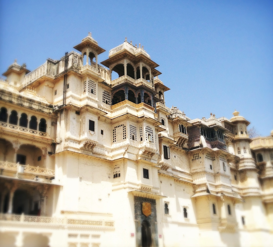udaipur-city-palace-entrance