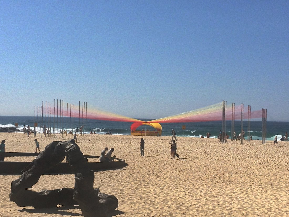 sculpture-by-the-sea-2014-permanent-sunrise-life-savers